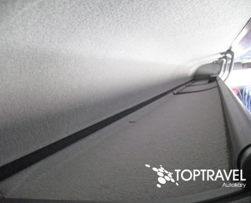 Wynajem autokarów TOP TRAVEL Warszawa - Bova schowki