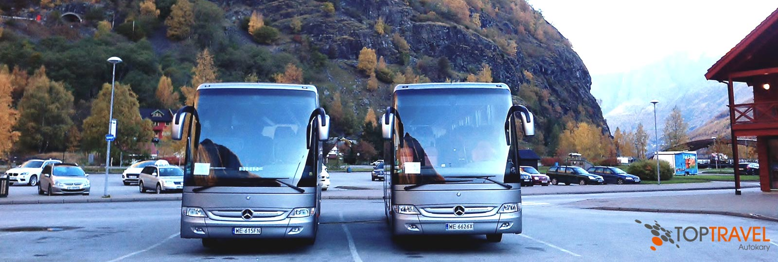 TOP TRAVEL Luksusowe autokary Mercedes Tourismo